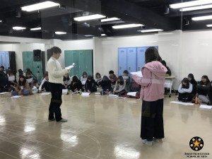 (,,´∀`p)1年生舞台演技の授業中(q´∀`,,)38246