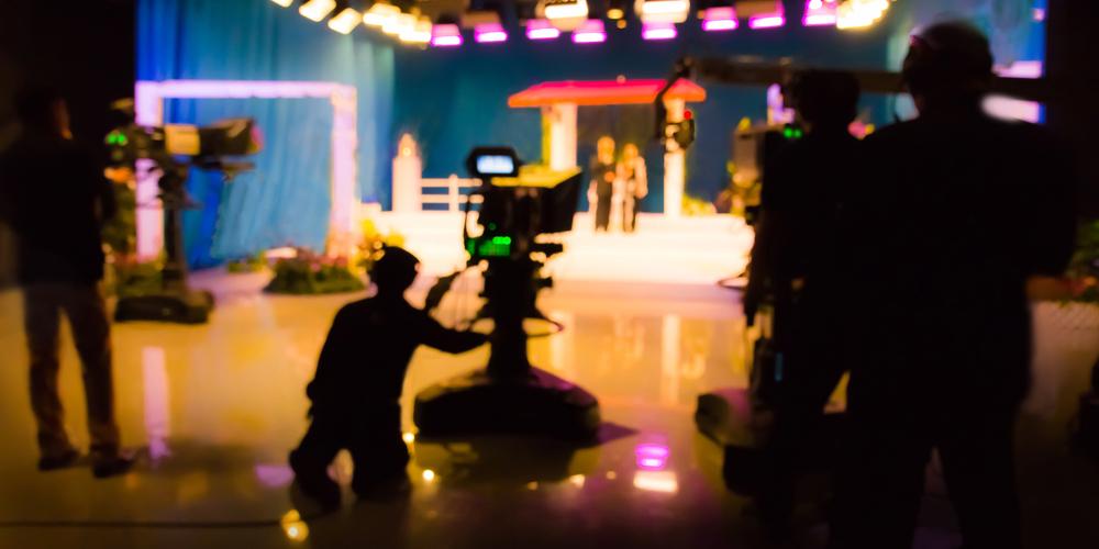 憧れのテレビマンへ! テレビADの仕事内容と将来の展望