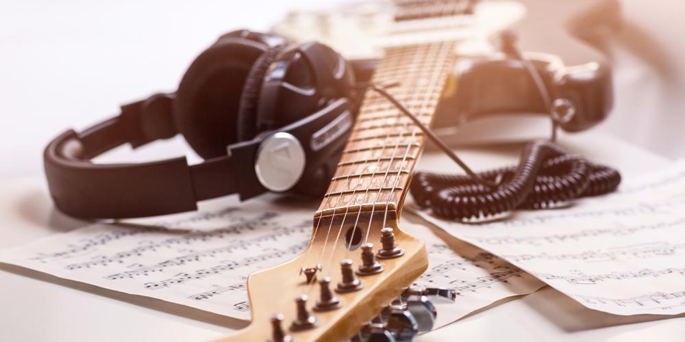 音楽プロデューサーに必要な能力とは