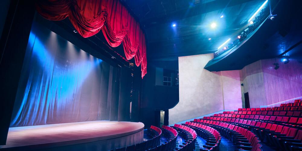 舞台の世界を輝かせる! 舞台美術の仕事内容&舞台美術家になる方法