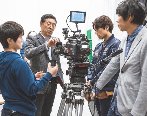制作会社「東映」の監督が直接指導