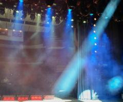 舞台の裏方ではどんな人が動いている? 仕事の種類とは?